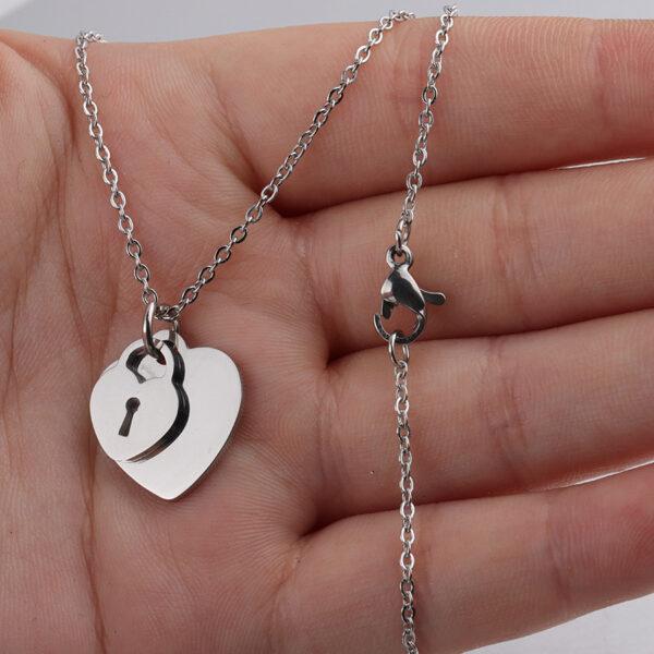 18K-Necklace-Peach-Heart-Chain2