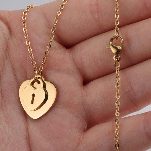 18K-Necklace-Peach-Heart-Chain3