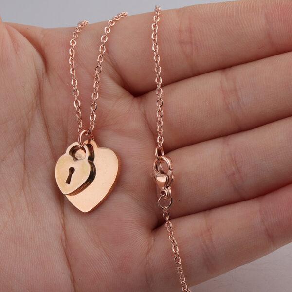 18K-Necklace-Peach-Heart-Chain4