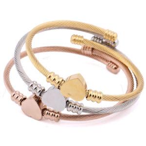 Heart-shape-Bracelet-for-Women-and-Men